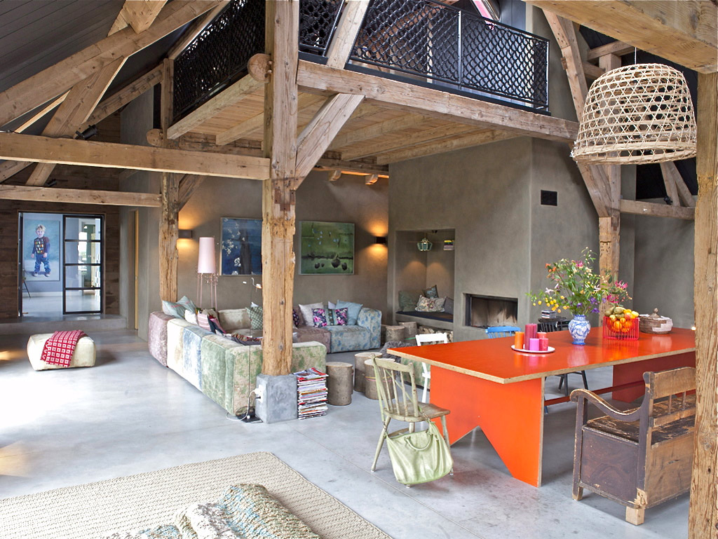 Image gallery modern country houses old for Country interior design