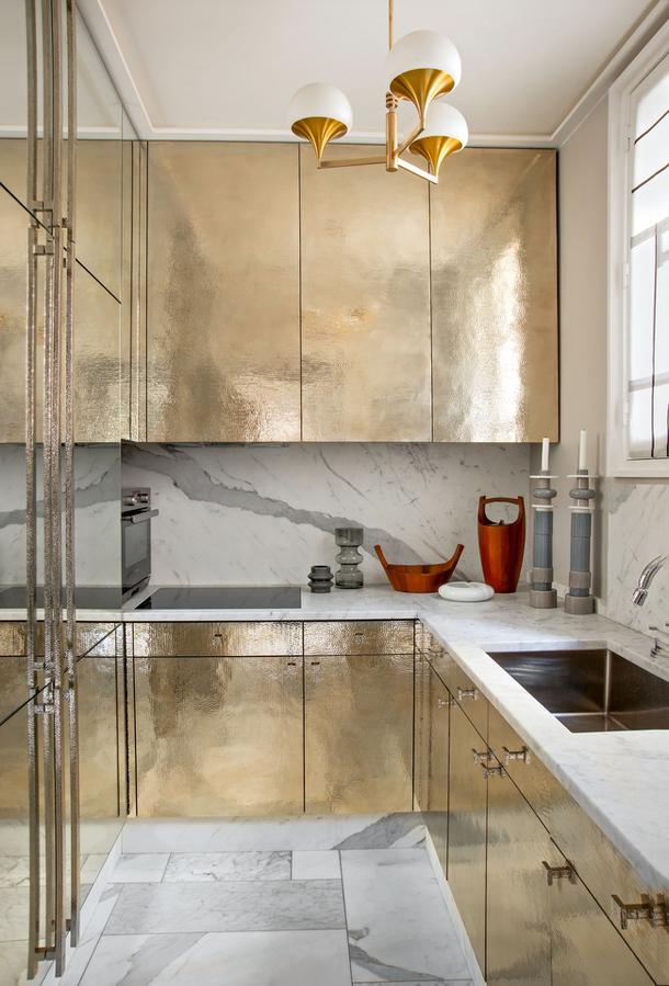 Eclectic Chic Parisian interiors 8
