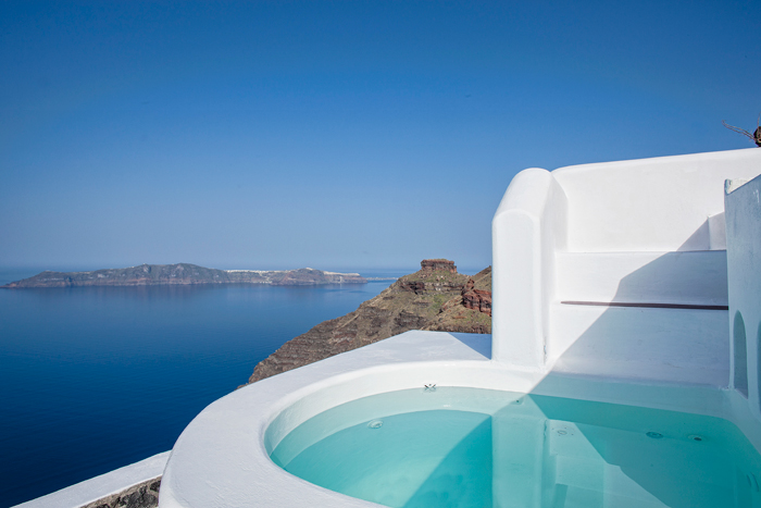 villa in greek island santorini 24