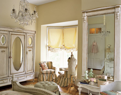 style take you back in time. Looking for vintage bedroom decorating